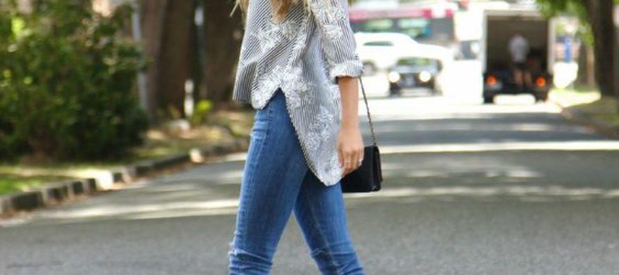 Trajes de tacones y jeans
