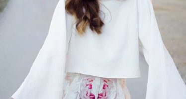 Bell sleeves blouses outfits