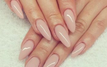 The best designs in very natural nails