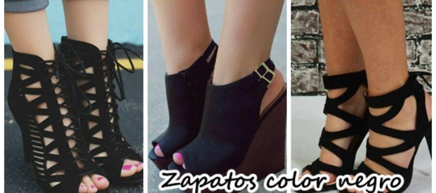 Calzado color negro que no puede faltar en tu closet