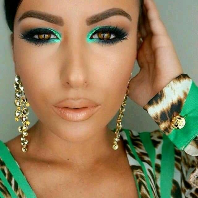 26 ideas de maquillaje para morenas