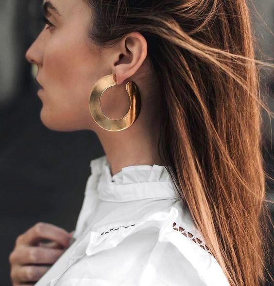 Aretes de moda con aros