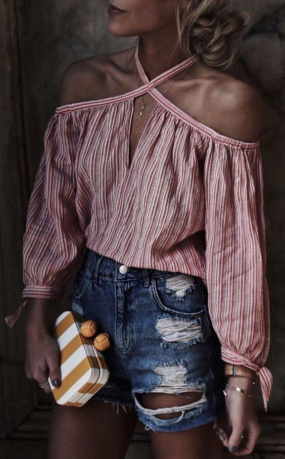 Cómo usar una blusa con rayas esta temporada