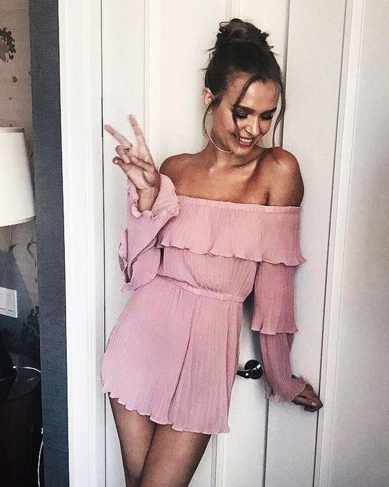 Dale a tu look un toque femenino con el color rosa blush