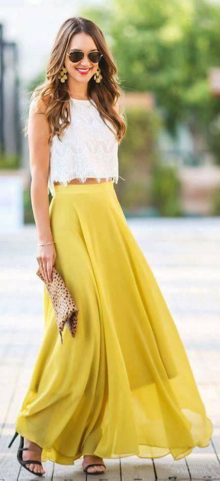 Outfits de temporada con color amarillo