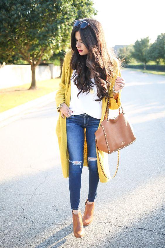 Outfits de temporada con color amarillo