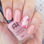 Uñas en tonos pastel