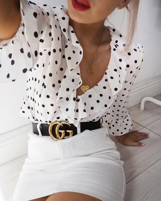 Diseños de blusas que no pueden faltar en tu closet este verano