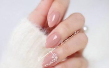 Hermosos estilos de uñas muy naturales