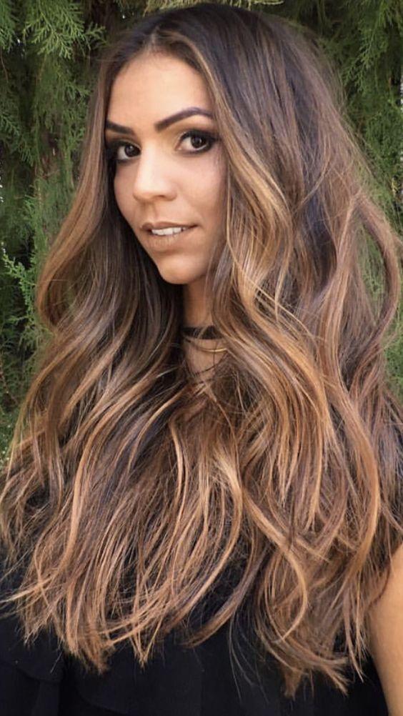 morenas de cabello largo (5)