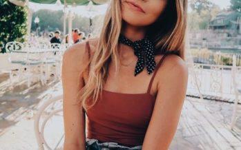 Outfits con pañoletas al cuello – tendencia otoño – invierno 2017
