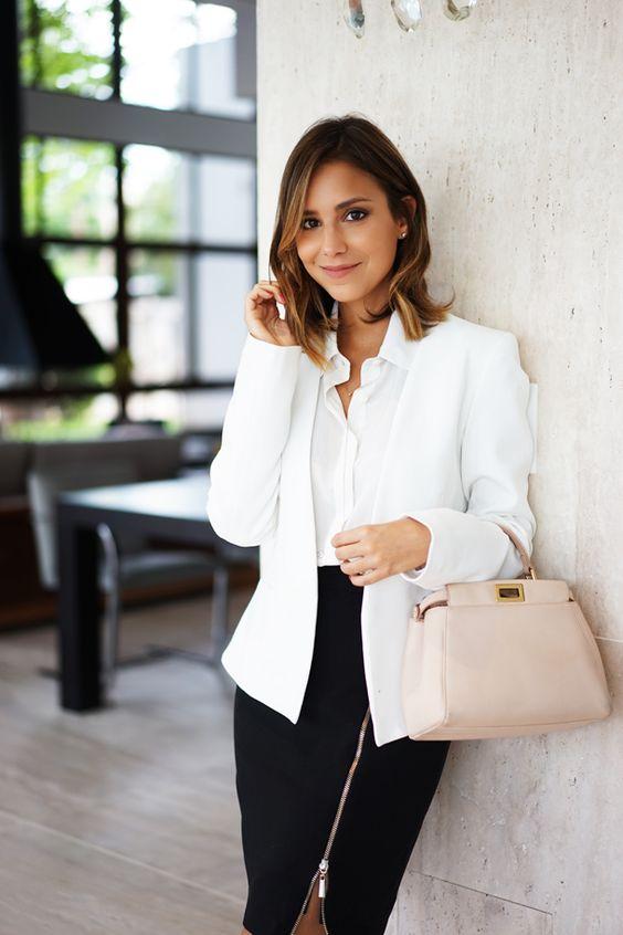 Look profesional mujer joven