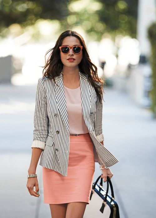 Look profesional mujer joven