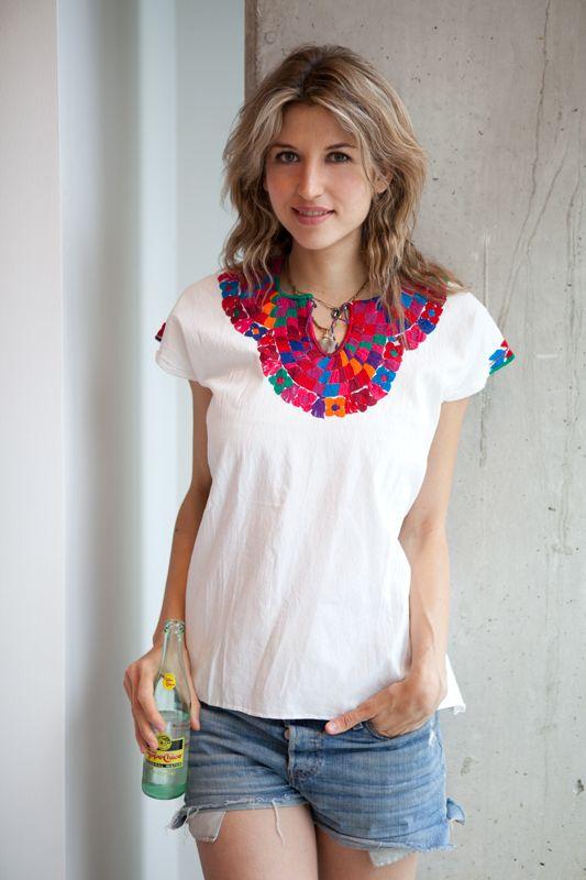 Blusas bordadas estilo mexicano blancas2