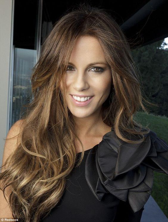 Cortes de cabello en capas largas para mujeres de 40
