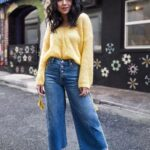 Outfits con mom jeans
