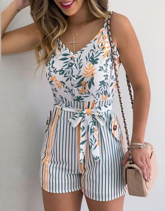 Outfits con rompers de tirantes para verano